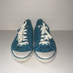 COACH Tennis Shoes size 9B   Good condition.
